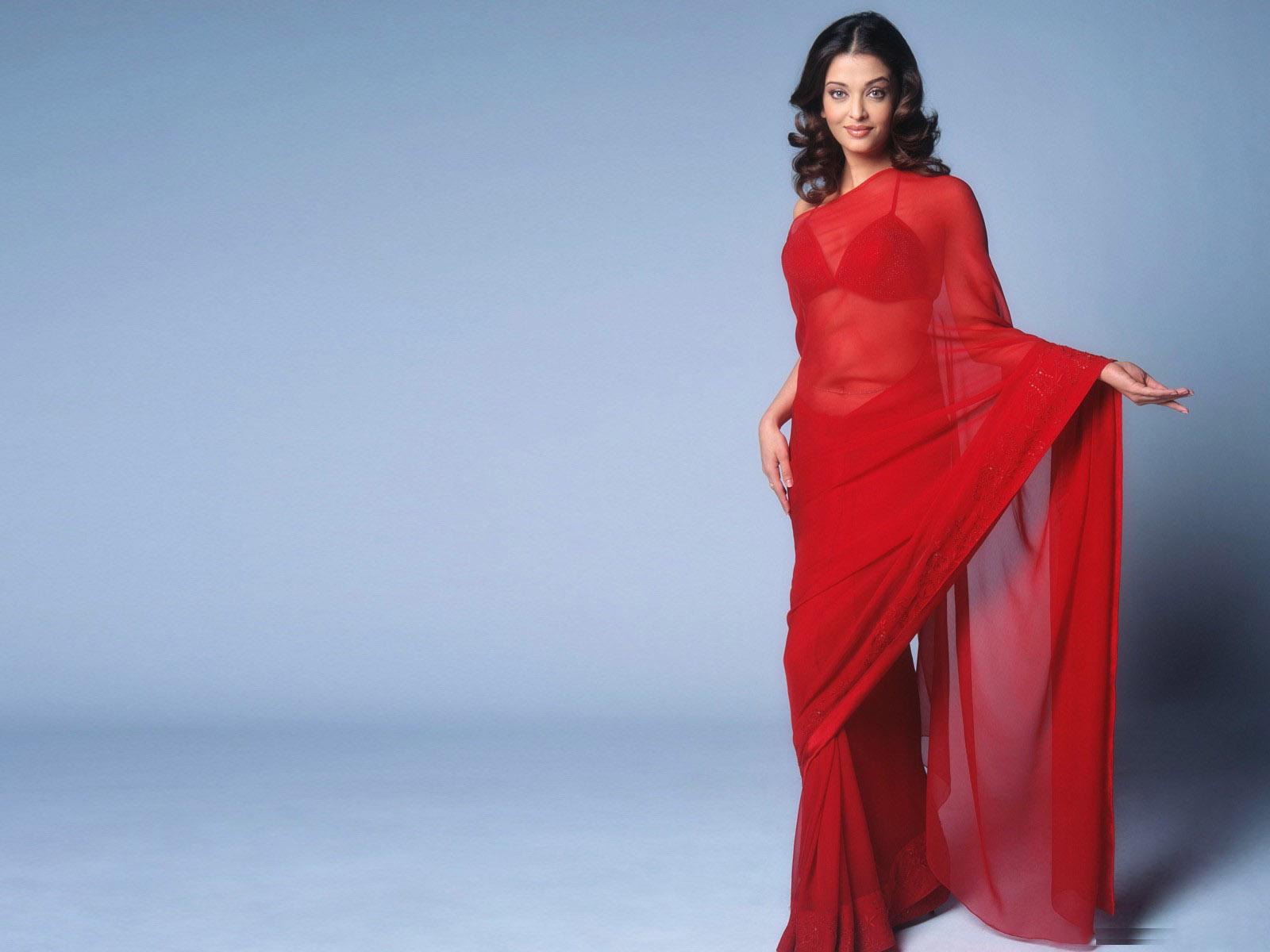 Aishwarya In Hot Saree Wallpaper HD Wallpapers 1600x1200