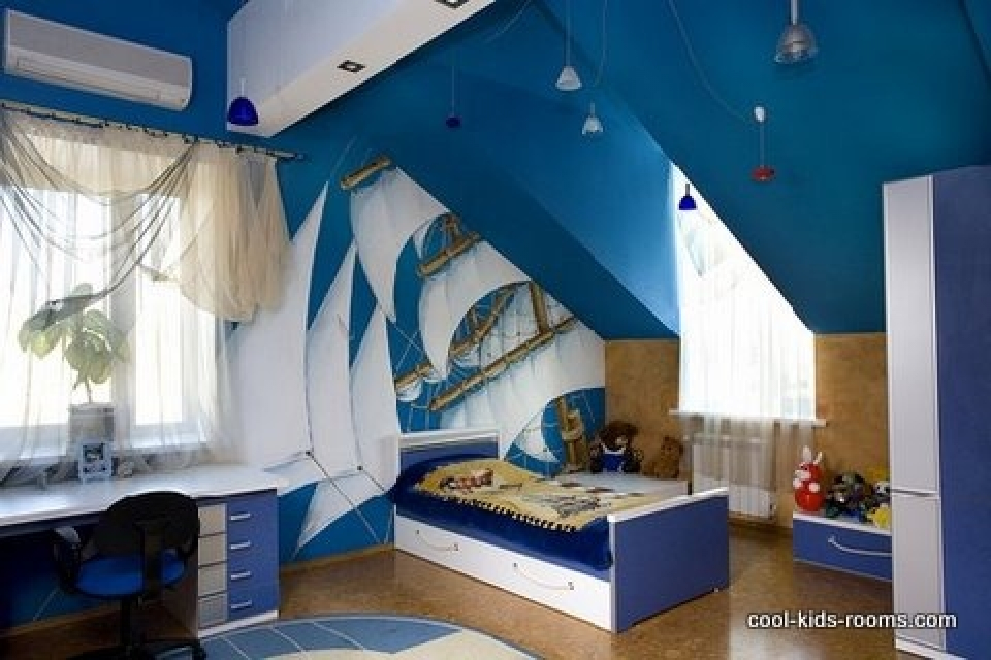 Cool boys bedroom furniture design and wallpaper decorating ideas 1440x960