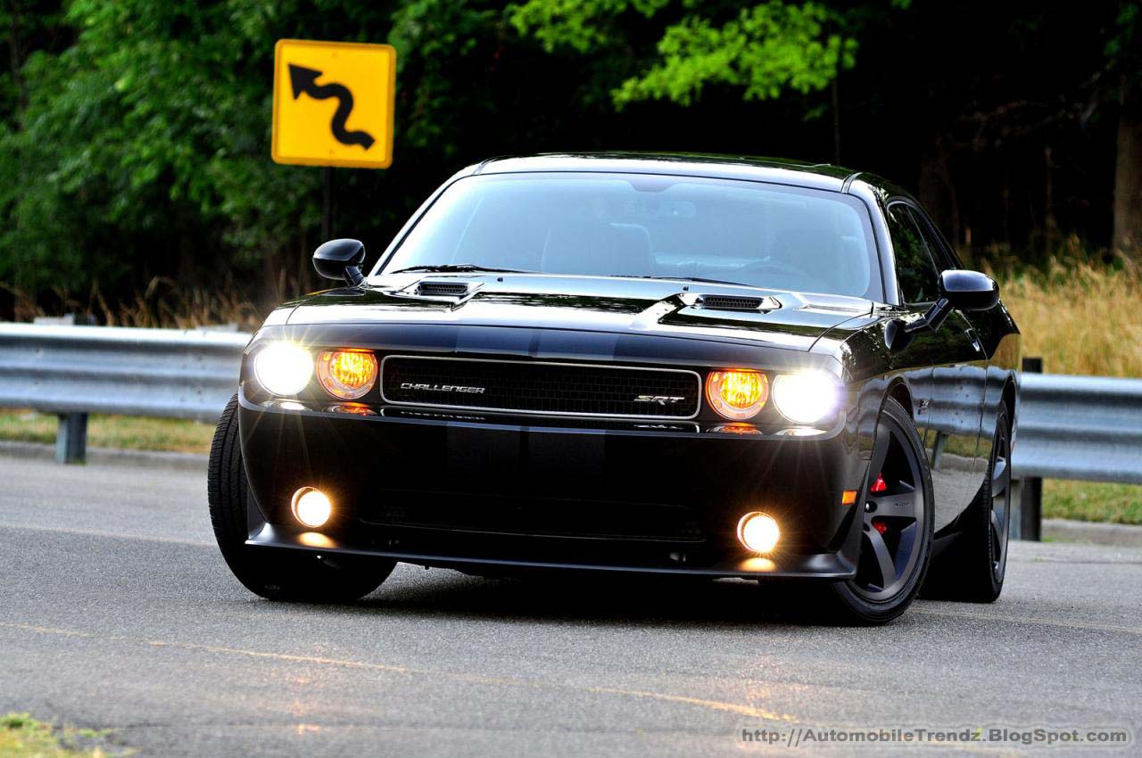 Automobile Trendz Dodge Challenger SRT8 Wallpaper 1280x850