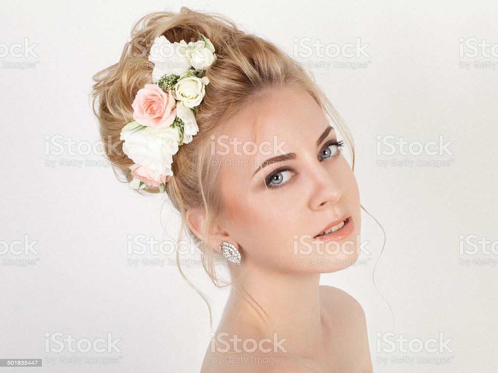 Beauty Woman With Wedding Hairstyle And Makeup Bride Fashion Stock 1024x768