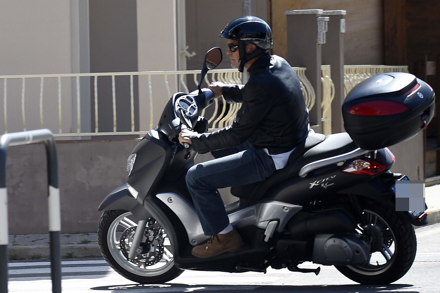 Photos George Clooney hospitalised after motorcycle accident 1765x1174