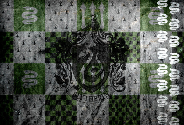 Slytherin Banner Wallpaper by MikeyBooch 600x408