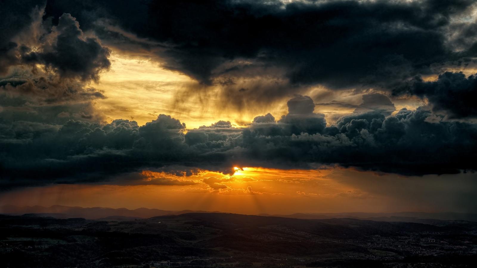 Dark Clouds Sky Sun Wallpapers   1600x900   303058 1600x900