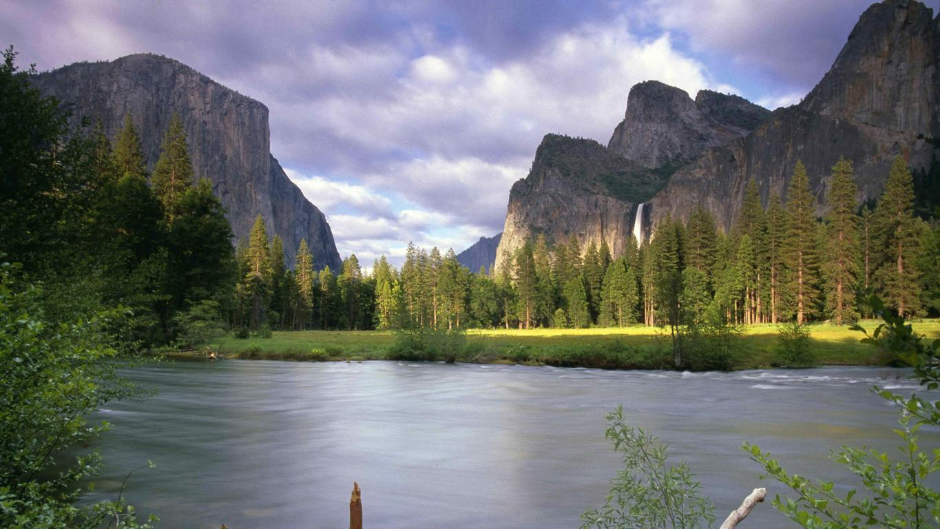 Yosemite National Park wallpaper 12695 1365x768