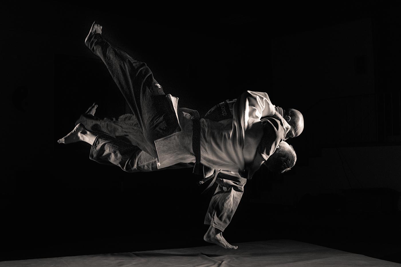 Judo Background Judo shootingwith strobes 1400x932
