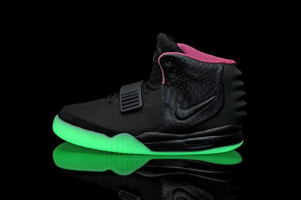 Nike Air Yeezy 2 600x398