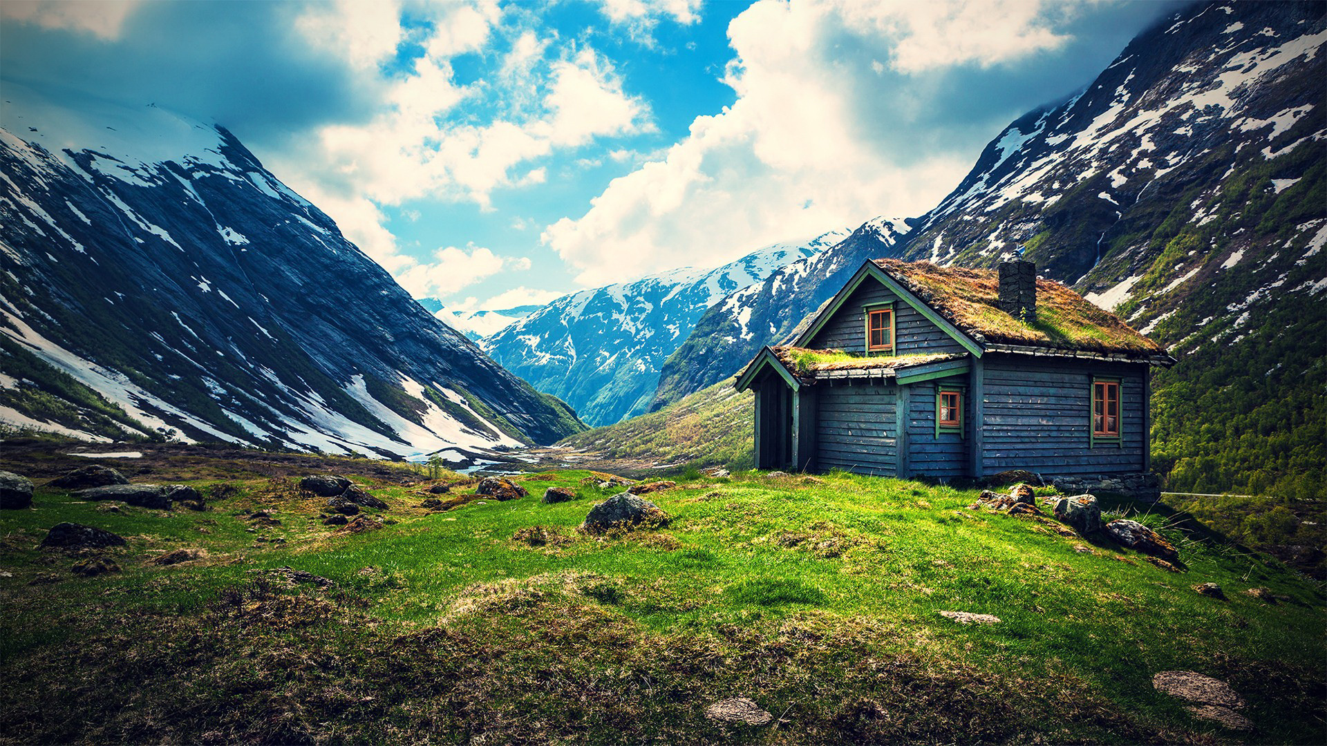 Tiny house wallpaper wallpapersafari for Pictures of mountain homes