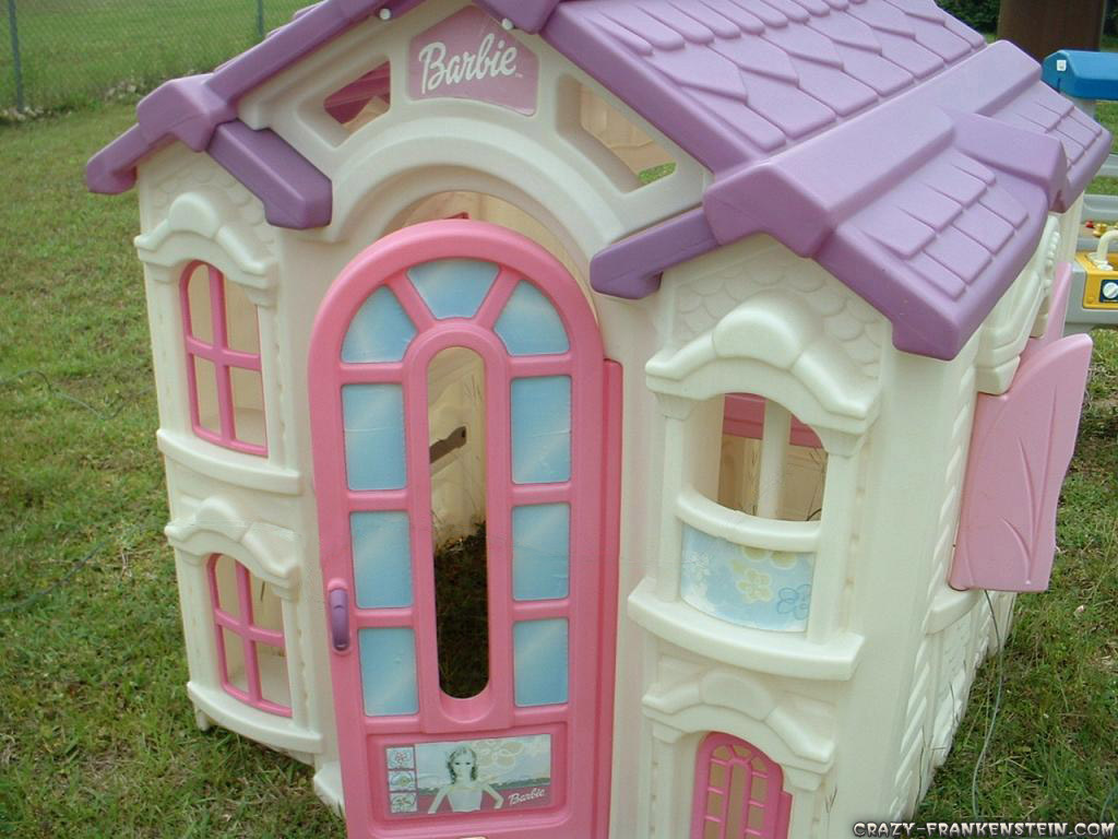 Barbie Dollhouse Wallpaper Wallpapersafari