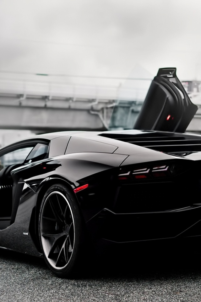 Lamborghini Aventador Iphone Wallpaper Wallpapersafari