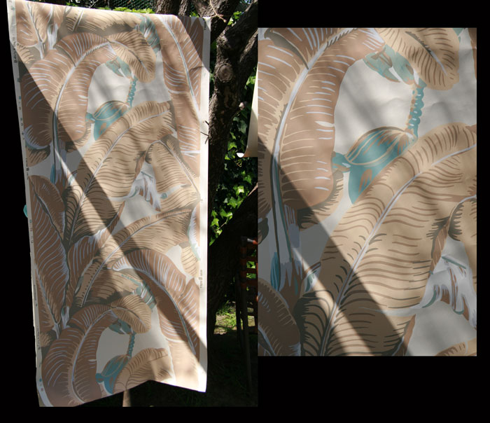 Martinique Banana Leaf Wallpaper   Now in Peach Wallpaper Weekly tm 700x604