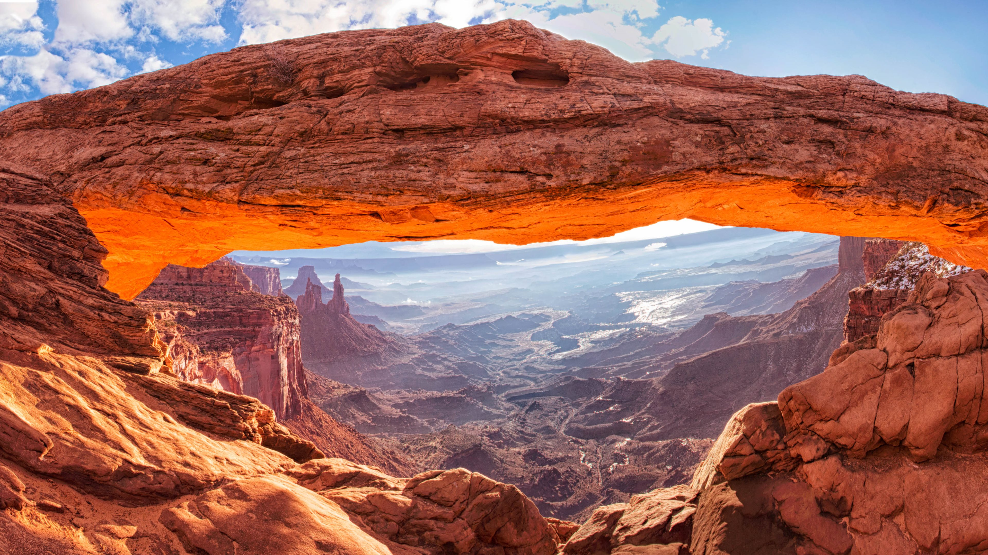 The Mesa Arch in Canyonlands National Park Moab Utah USA 3840x2160