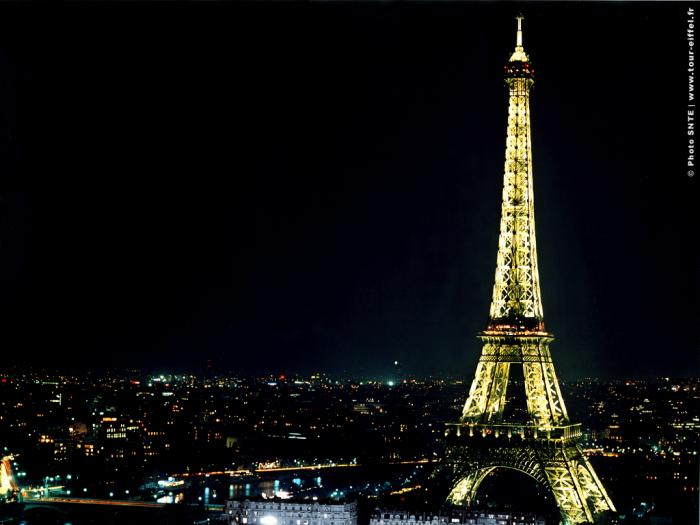 Tour Eiffel Wallpaper   Tlcharger 700x525