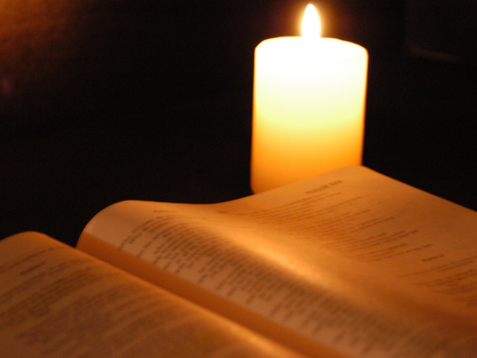 Holy Bible And Candle Wallpaper   Christian Wallpapers and Backgrounds 1600x1200