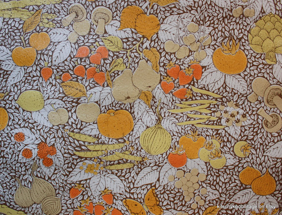 1970s Vintage Retro Wallpaper Kitchen Fruit and Vegetable Collage 570x436