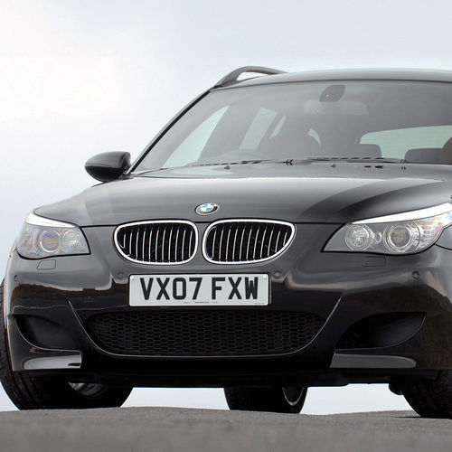 HD BMW M5 Wallpaper 500x500