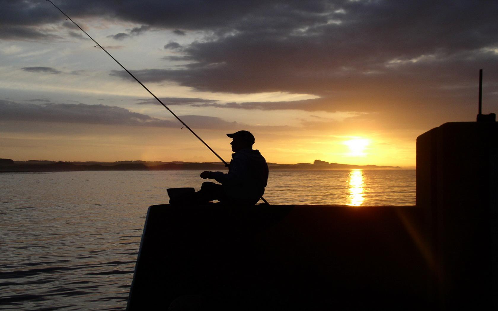 Cool Fishing Wallpaper - WallpaperSafari