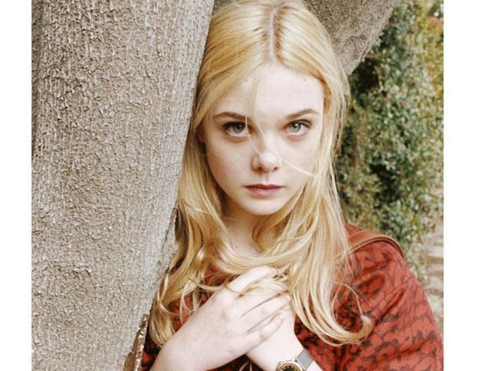 Dakota and Elle Fanning As Kids HD Wallpaper Background Images 1600x1200