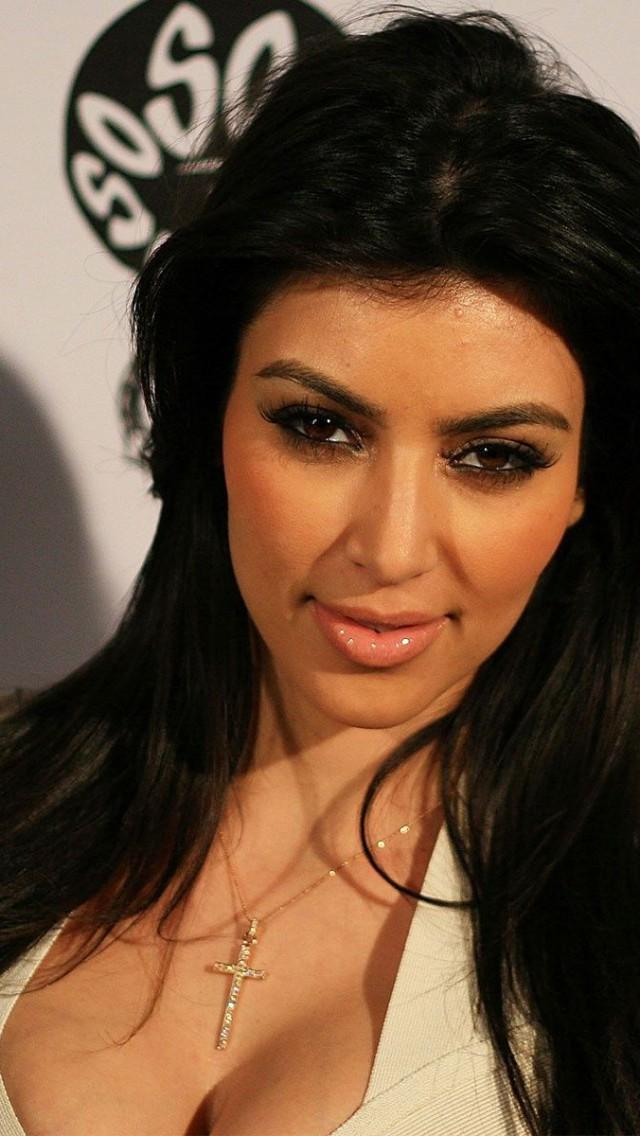 Kim Kardashian Wallpaper   123mobileWallpaperscom 640x1136