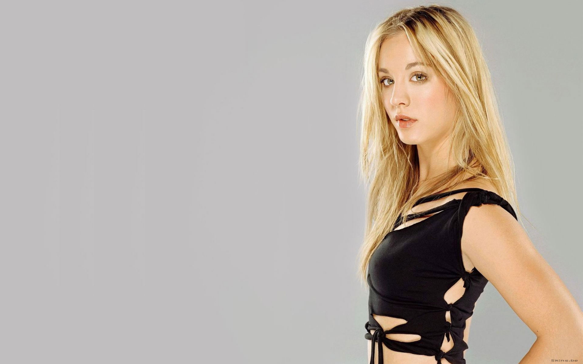 Kaley Cuoco desktop wallpaper download in widescreen hd 25345 1920x1200
