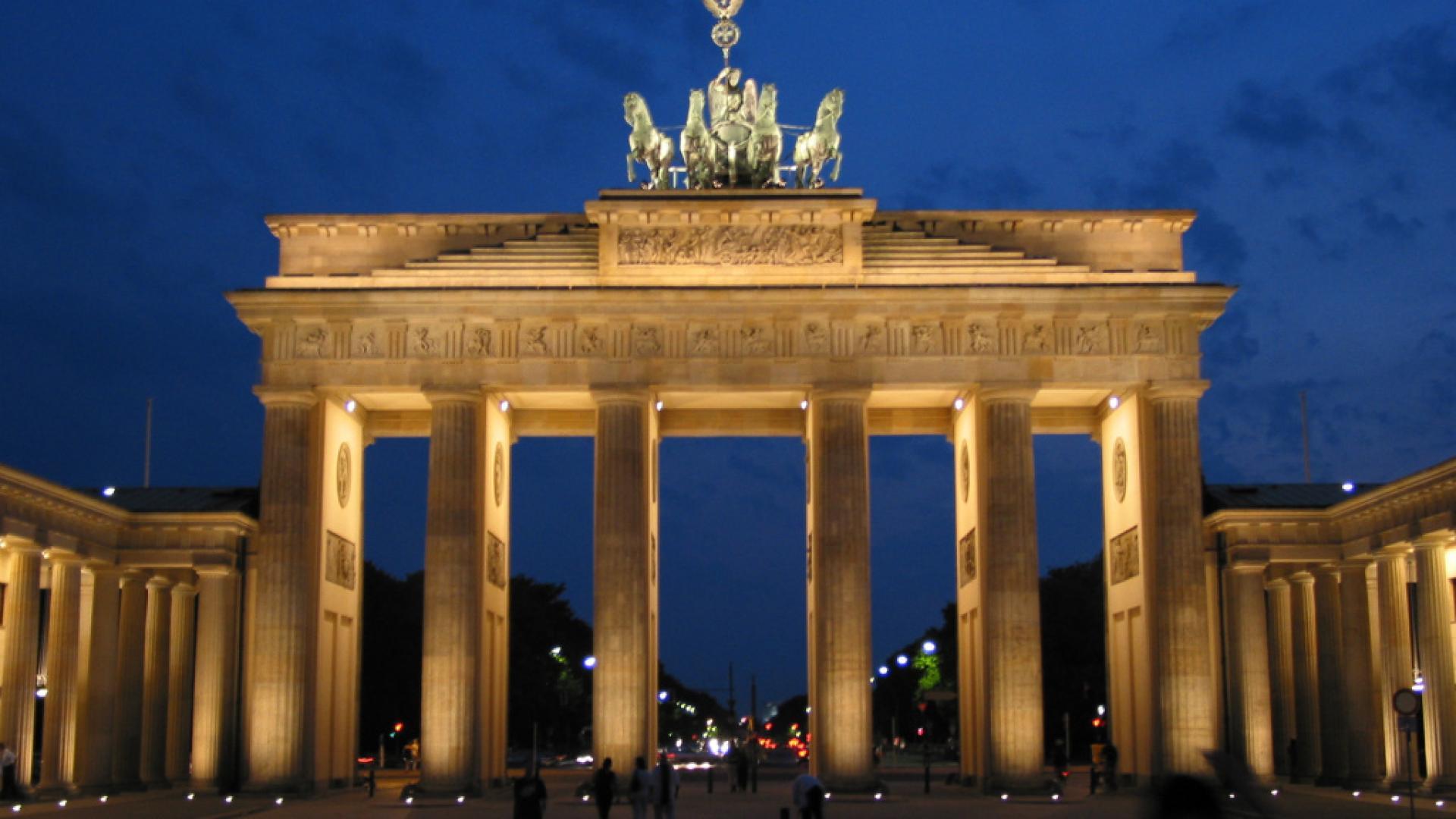 Brandenburg Gate Wallpaper 20   1920 X 1080 stmednet 1920x1080