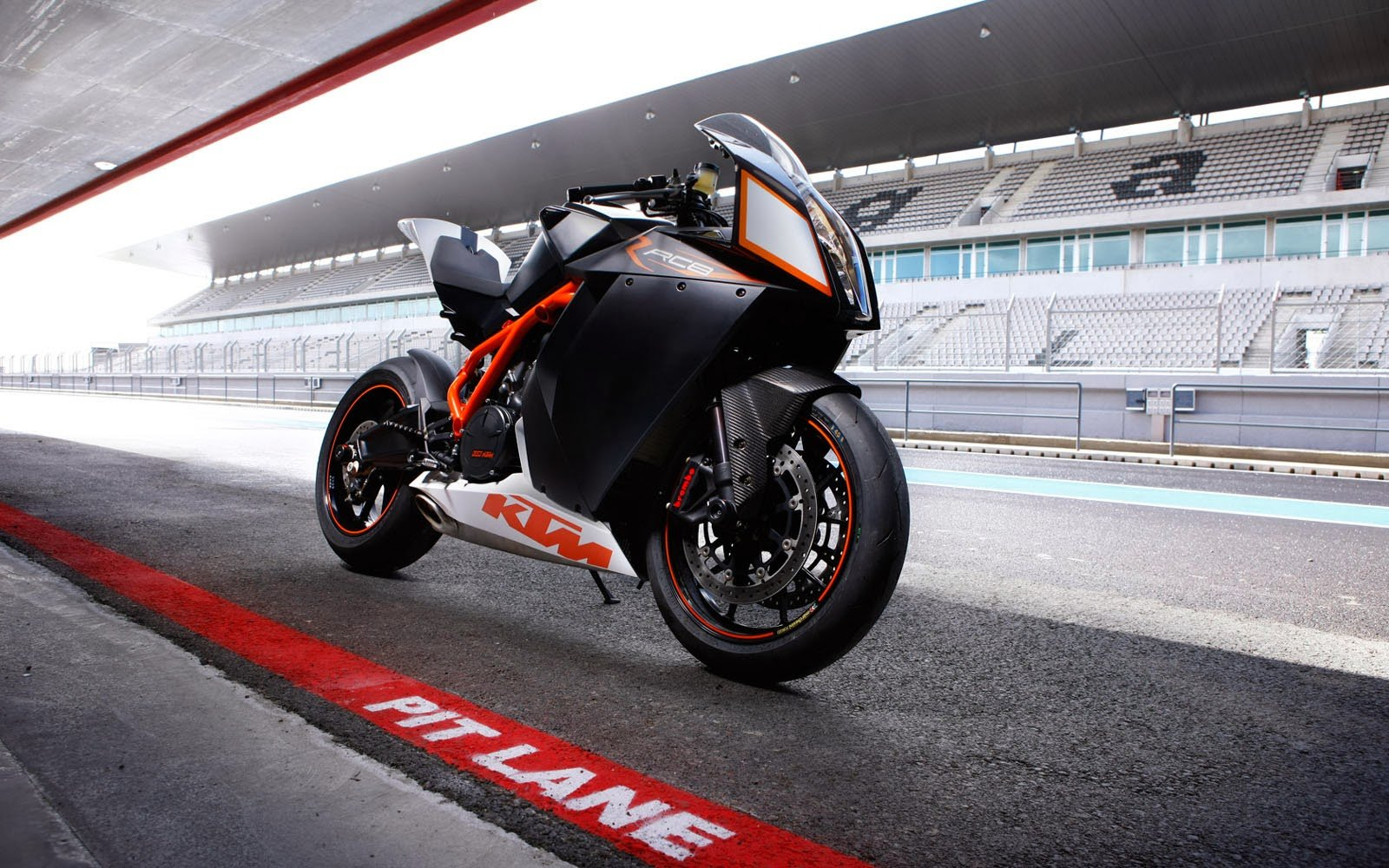 wallpapers ktm rc8 desktop wallpapers ktm rc8 desktop backgrounds ktm 1600x1000
