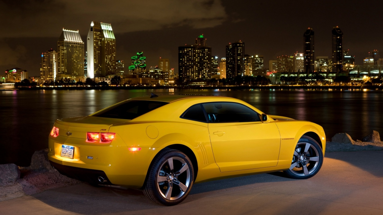 2011 Chevrolet Camaro Wallpapers   9342 1600x899