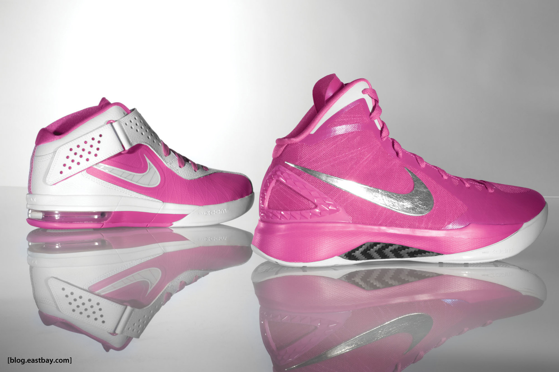 Top Nike Hyperdunk Basketball Shoes Pink Wallpapers 1800x1200