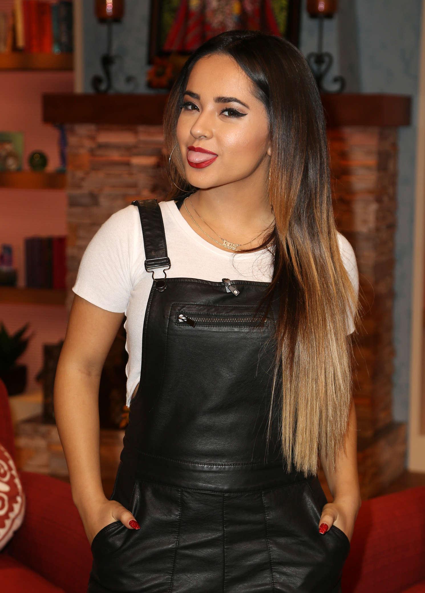 Becky G   Univisions Despierta America in Miami 1490x2077