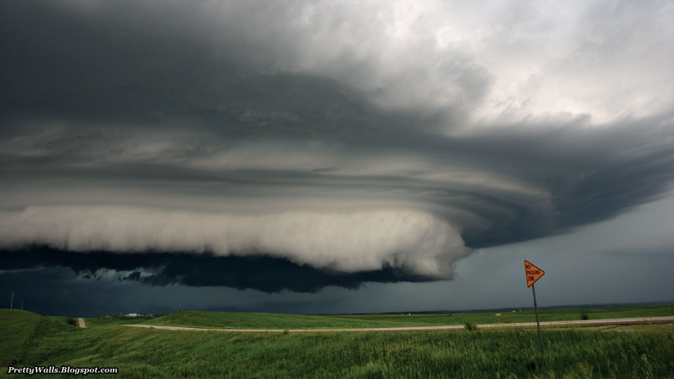 Pretty Walls Download Beautiful Storm HD Wallpapers Pictures 960x540