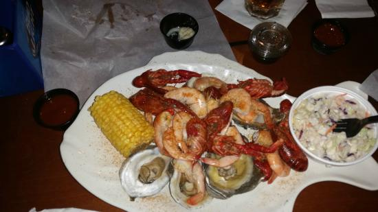 Combo   Picture of Bernies River Street Savannah   TripAdvisor 550x309