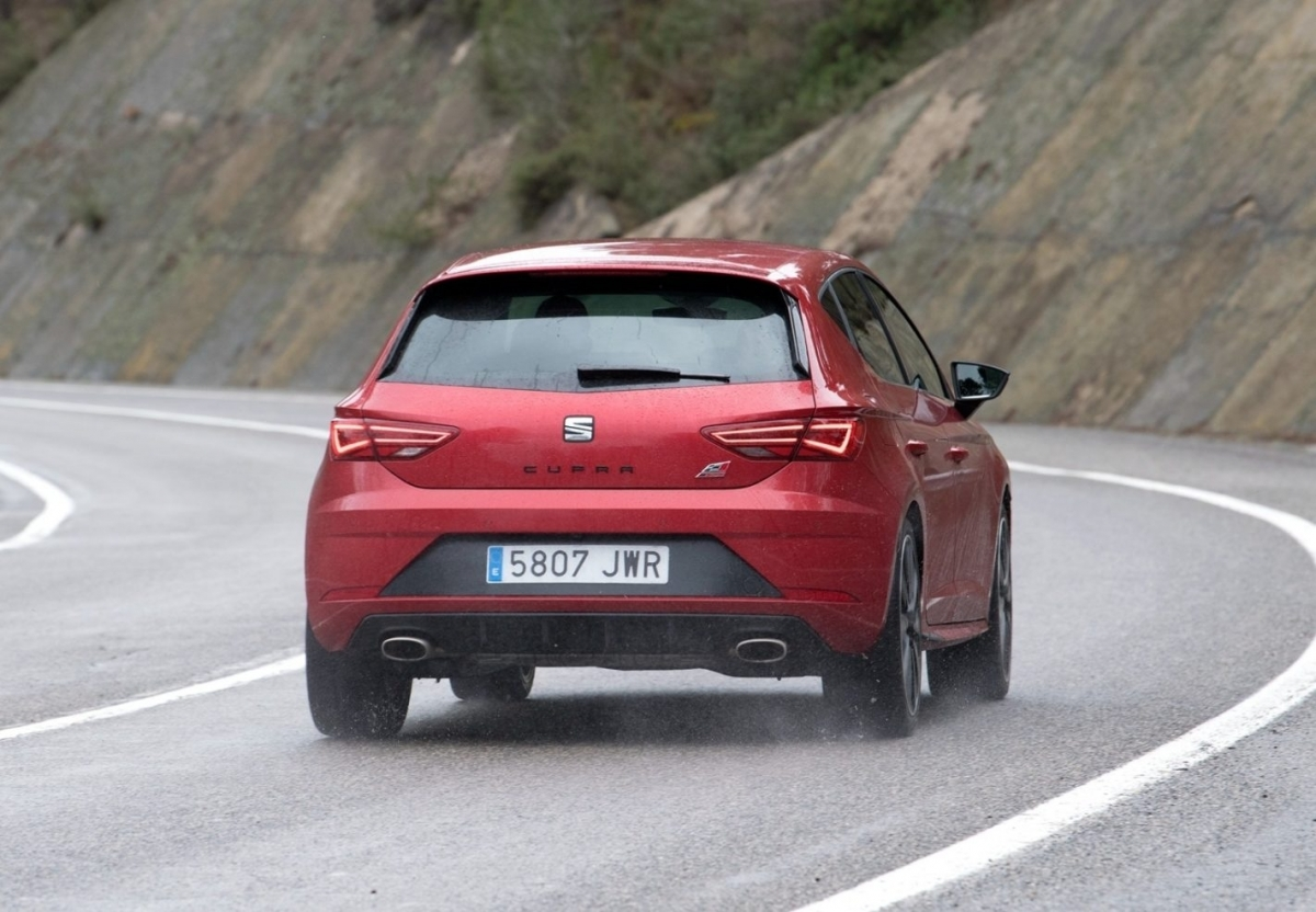 2019 SEAT Leon Front Wallpaper Car Preview News 1200x832