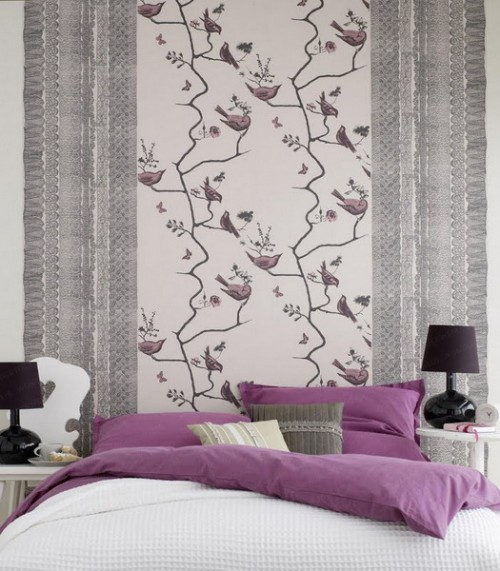 43 Bedrooms Where One Wall Features A Spectacular Wallpaper 500x571