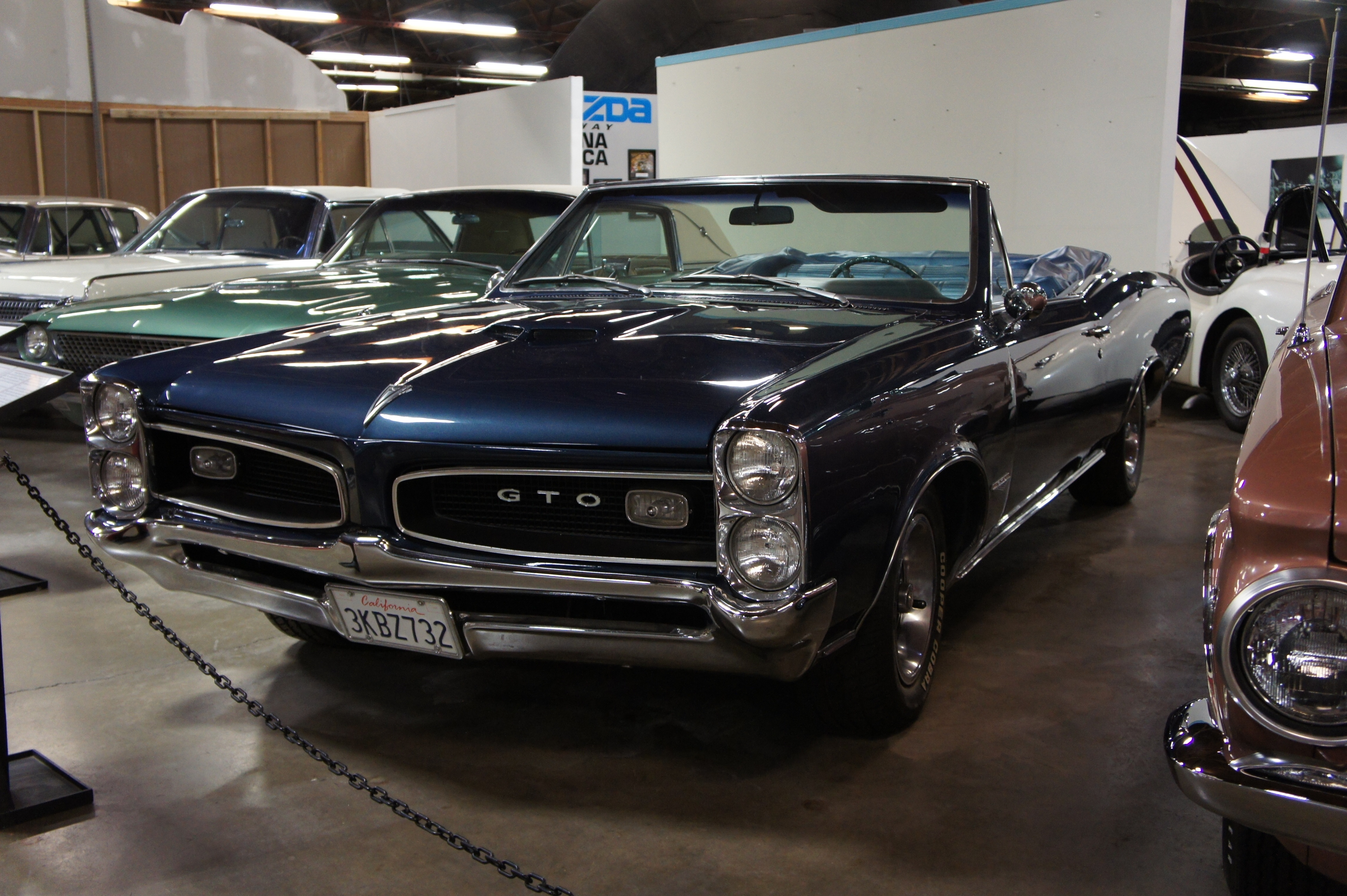 Free download 1966 Pontiac GTO Convertible Images Pictures