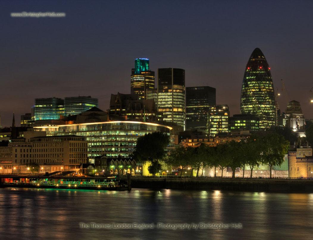 london wallpaper by uk photographer Christopher Holt 1052x806