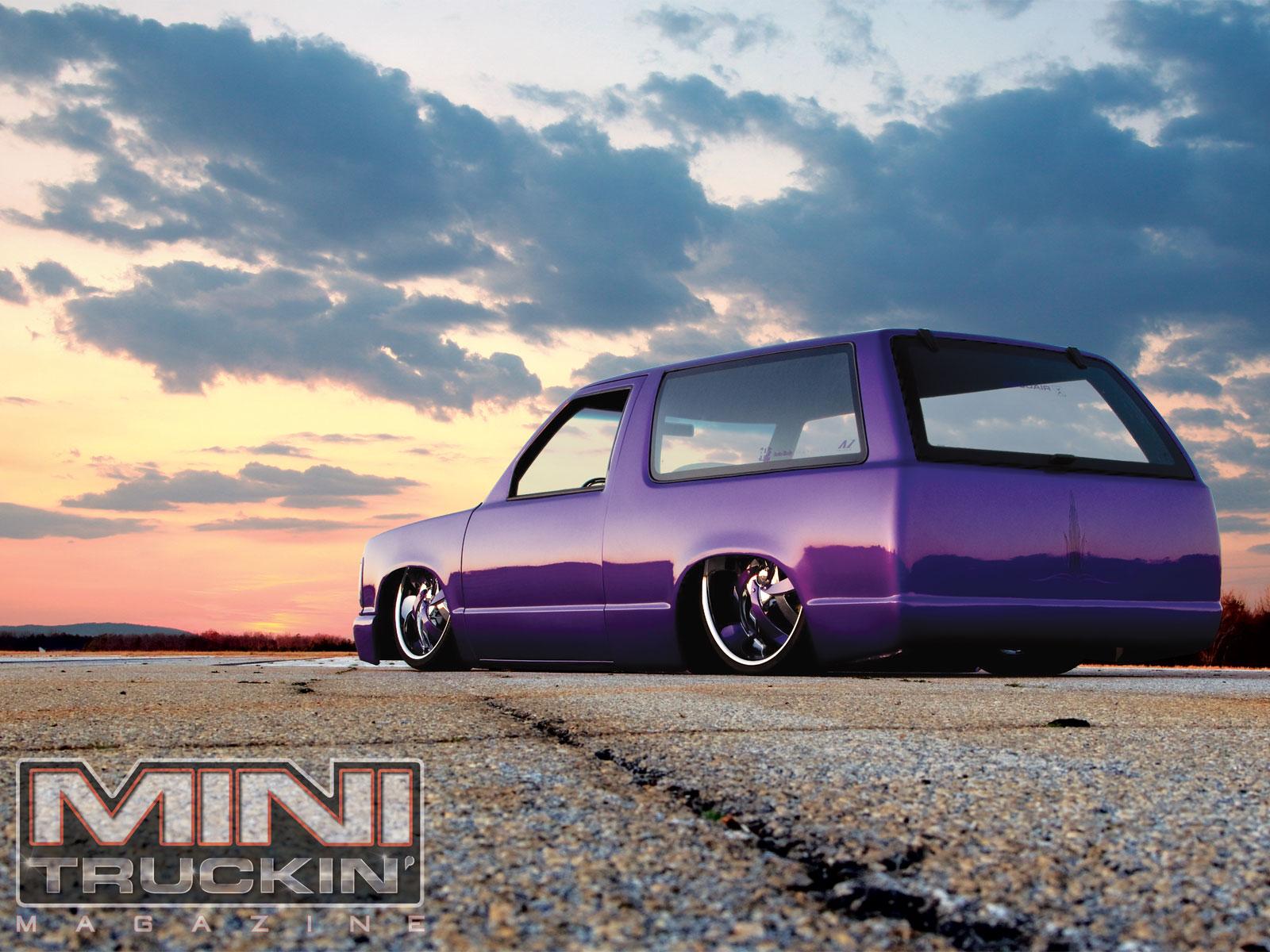 Mini Truckin Desktop Wallpapers June2011 1985 Chevy S10 Blazer Rear 1600x1200