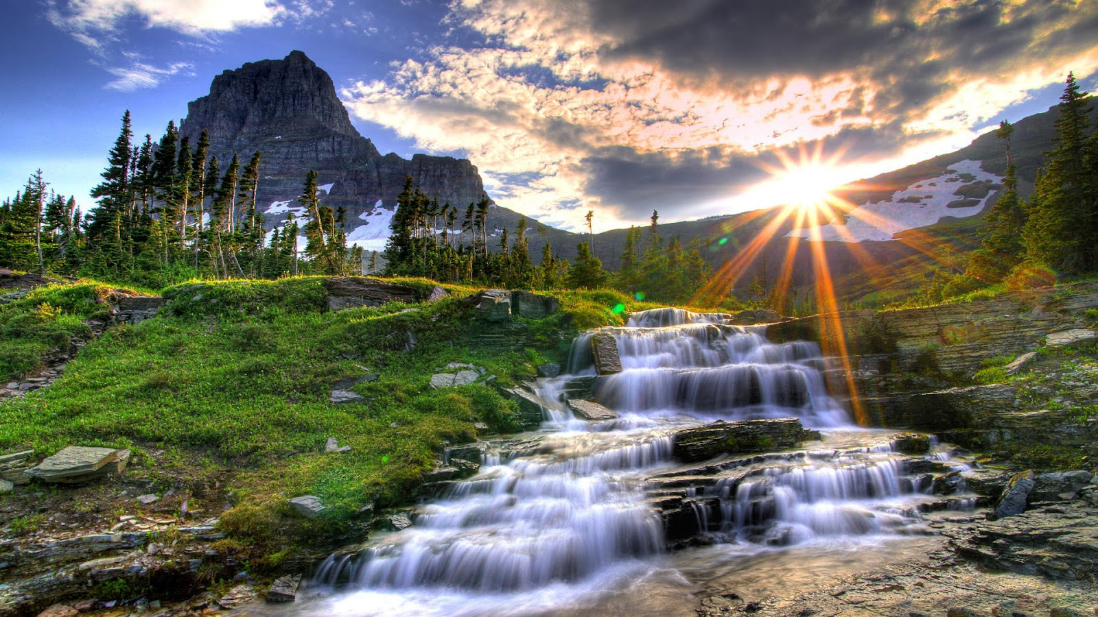 Shining Sun Full HD Nature Background Wallpaper For Laptop Widescreen 1600x900