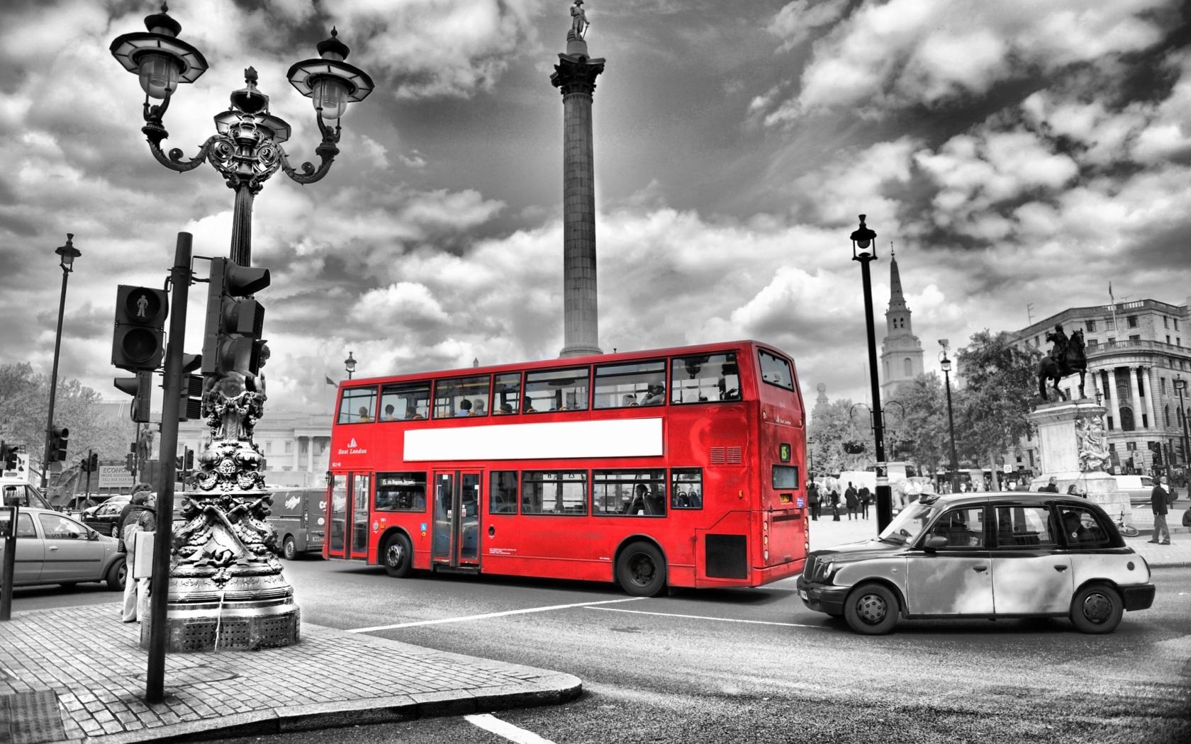 London Bus wallpaper 1680x1050
