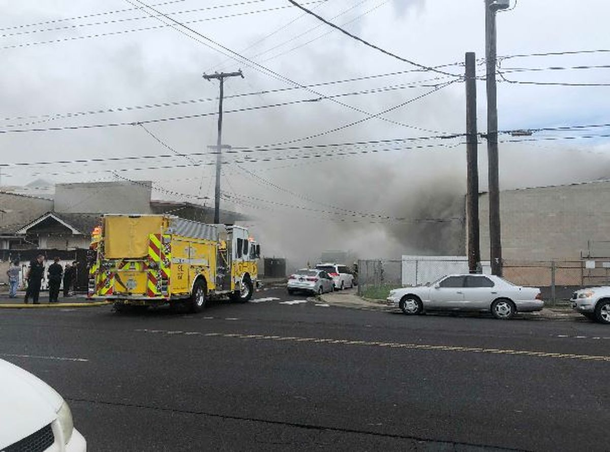 Dozens of firefighters responded to a blaze Friday at a Kalihi 1200x890
