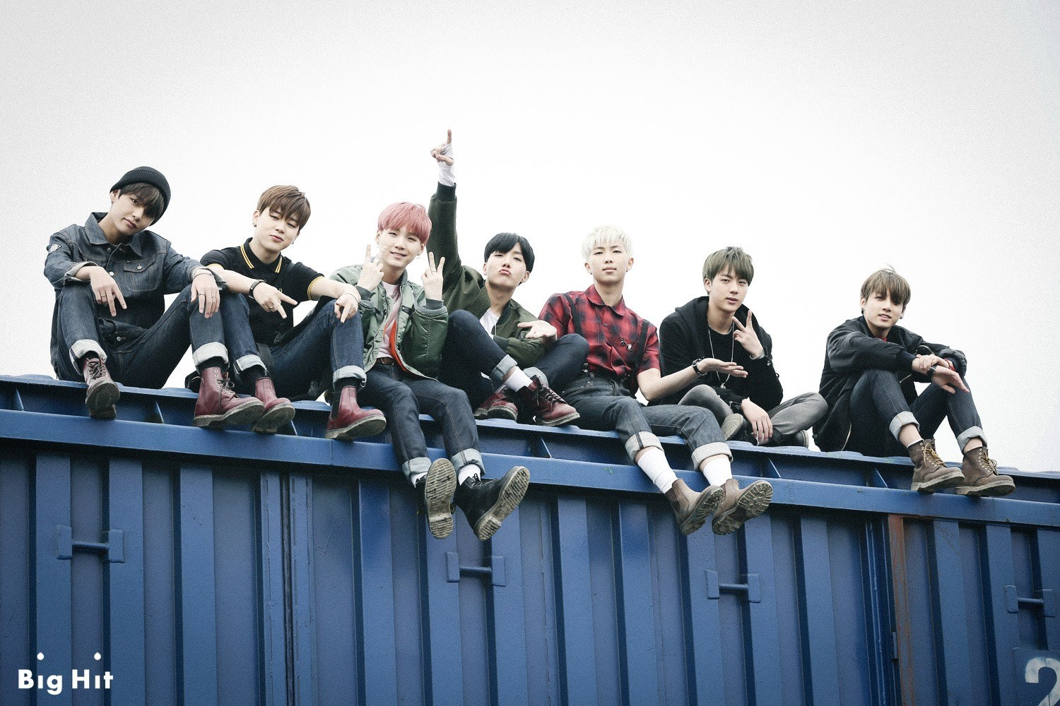Netizens accuse BTS of sajaegi after outselling BIGBANG in 1500x1000