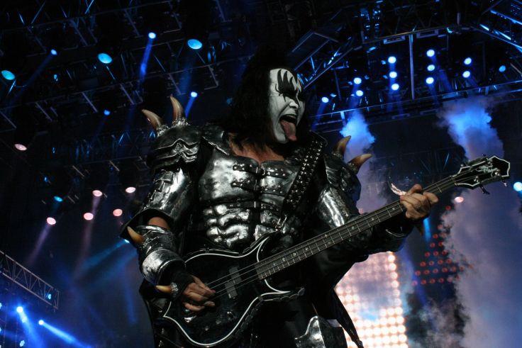 Kiss heavy metal rock bands concert guitar a wallpaper background 736x491