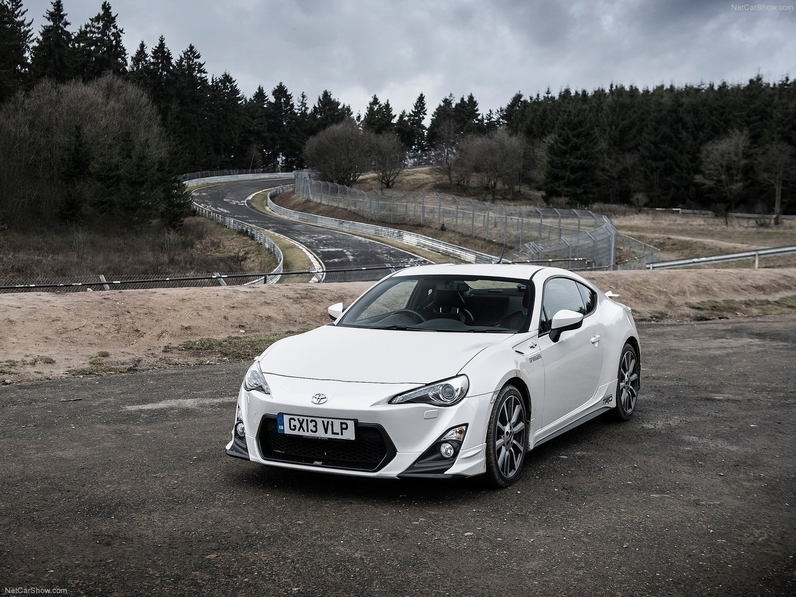 Toyota GT86 TRD 2014 japan white blanche coupe 2 doors 1600x1200