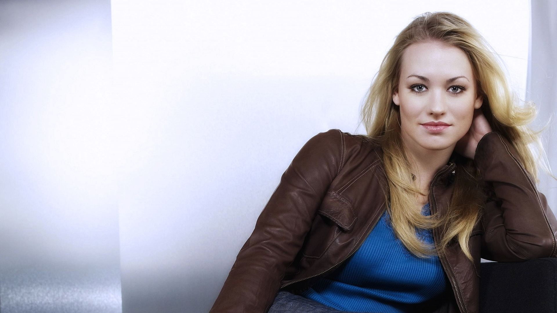 yvonne strahovski hd wallpapers yvonne strahovski hd wallpapers yvonne 1920x1080