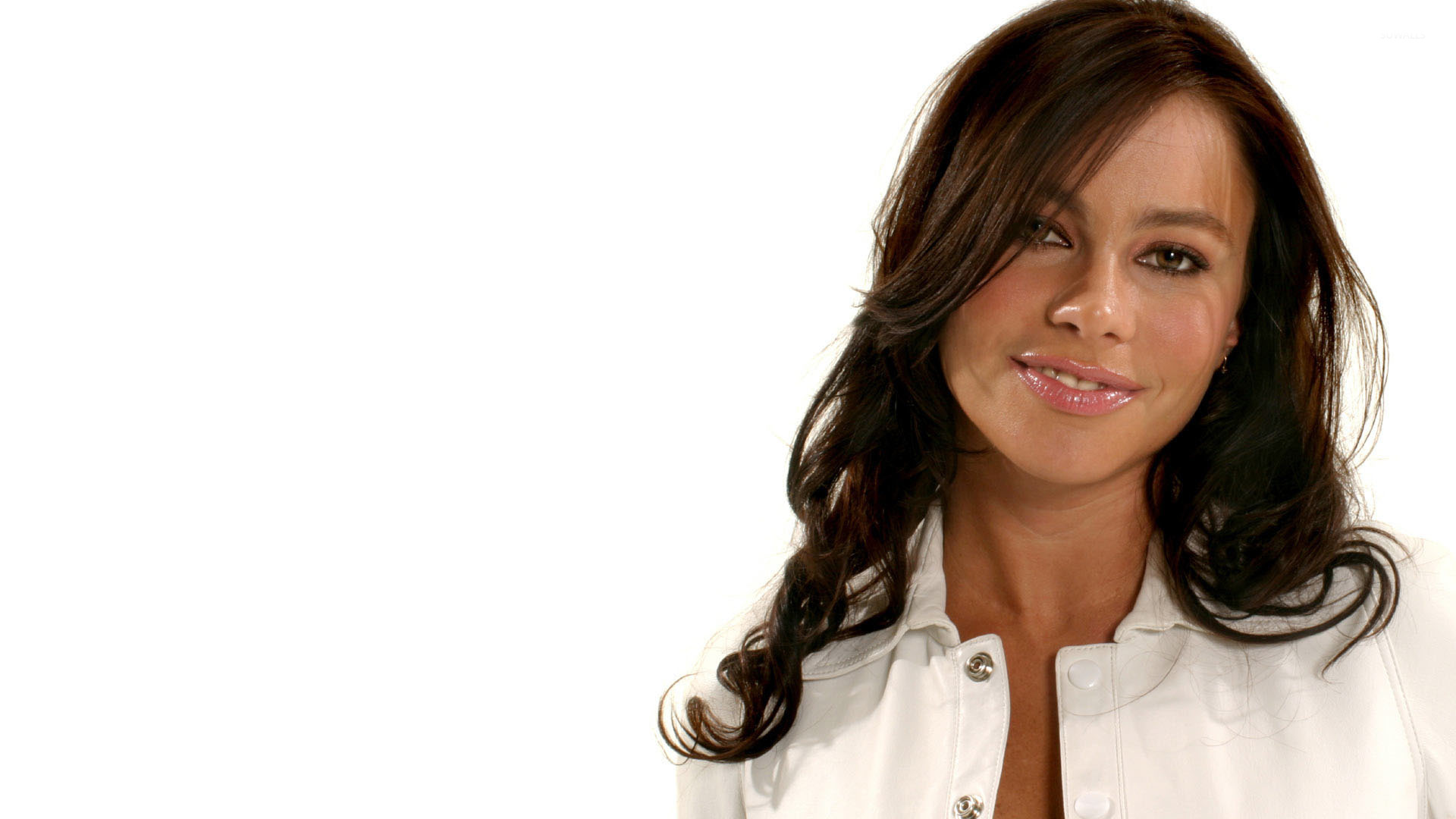 Sofia Vergara smiling in a white top wallpaper   Celebrity wallpapers 1920x1080