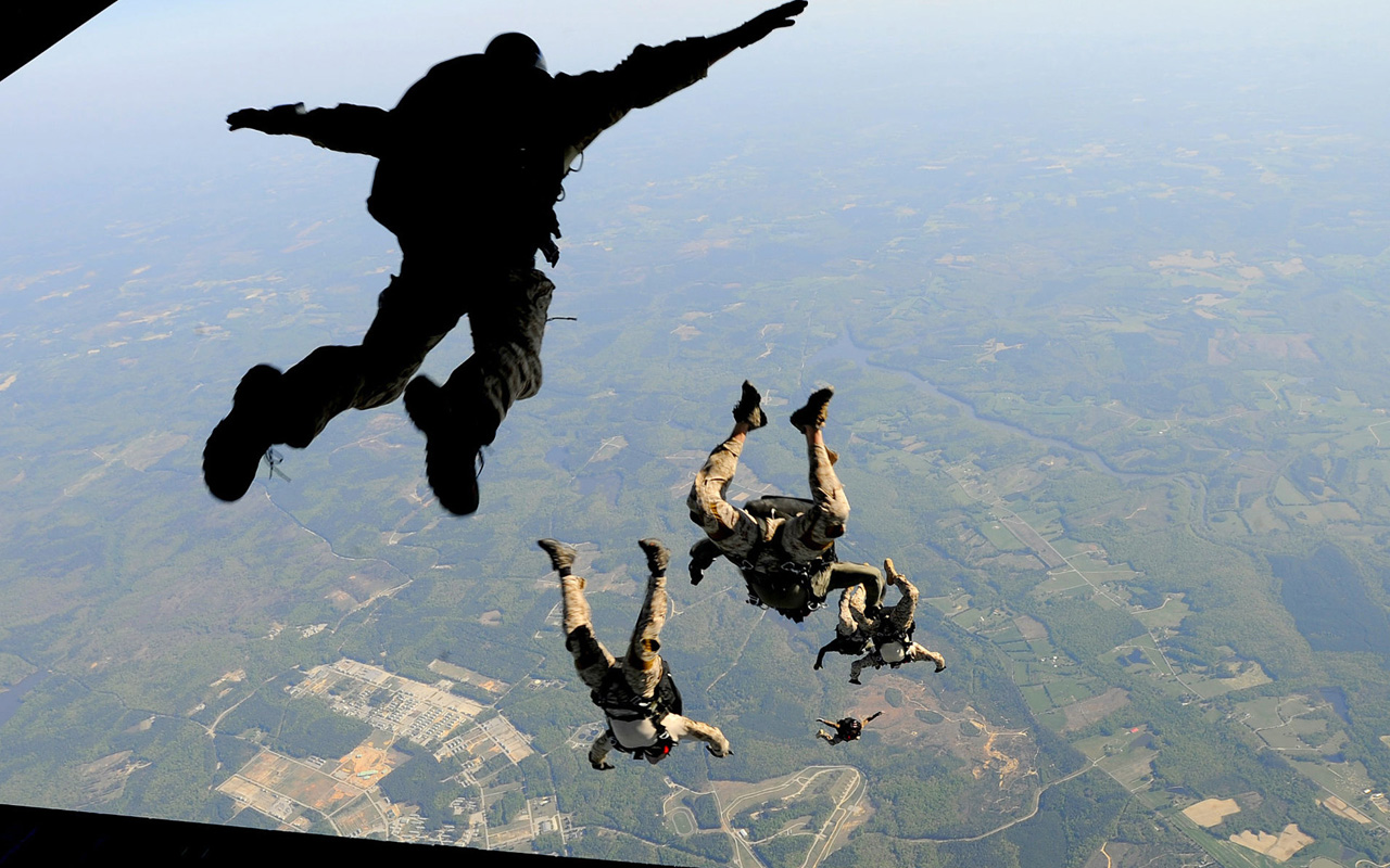 Airborne action Wallpapers HD Wallpaper Downloads 1280x800