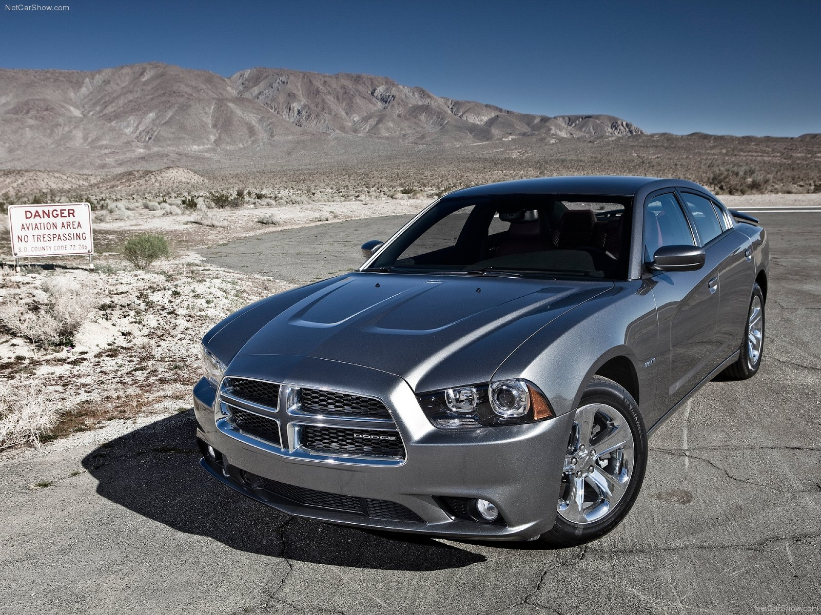 dodge charger 2011 hd wallpaper dodge charger 2011 hd wallpaper 1600x1200