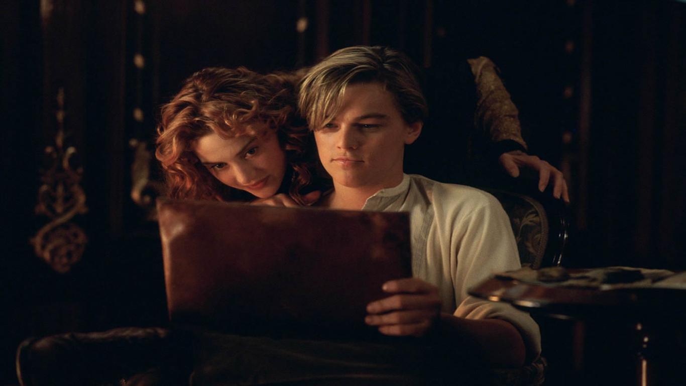 fun pakistan Titanic   Jack Rose Romantic Scene 1366x768