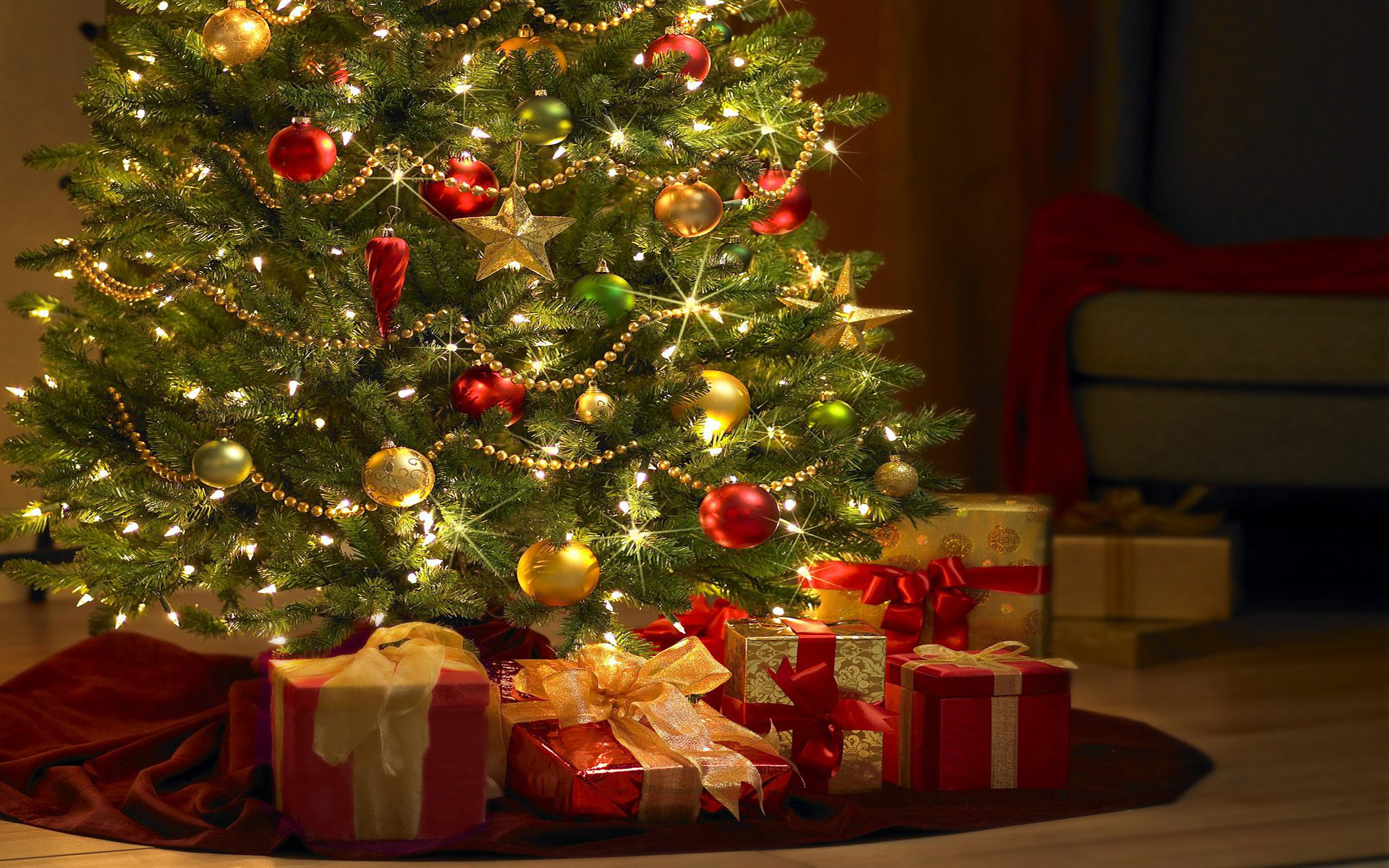 78+] Christmas Tree Wallpaper Free on ...