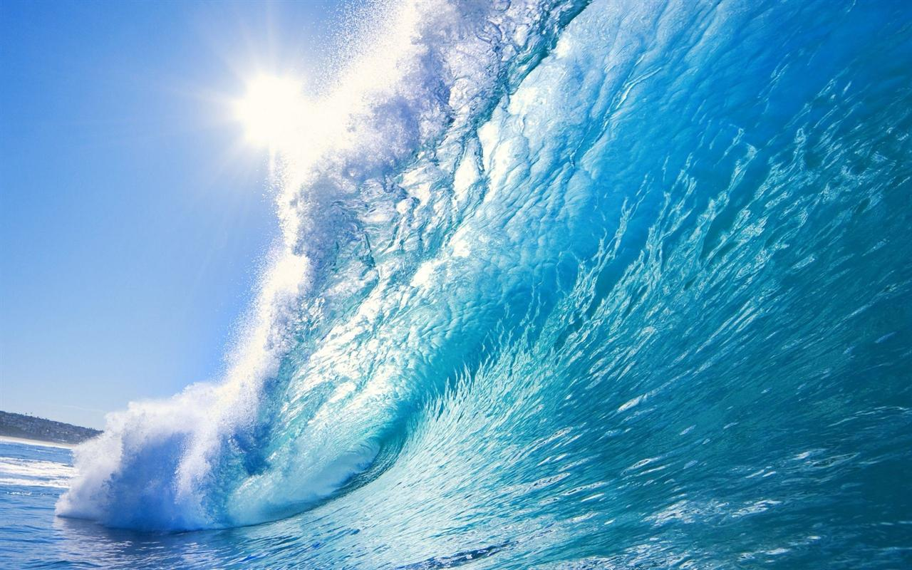 Download 1280x800 Beautiful Blue Ocean Wave Desktop 1280x800