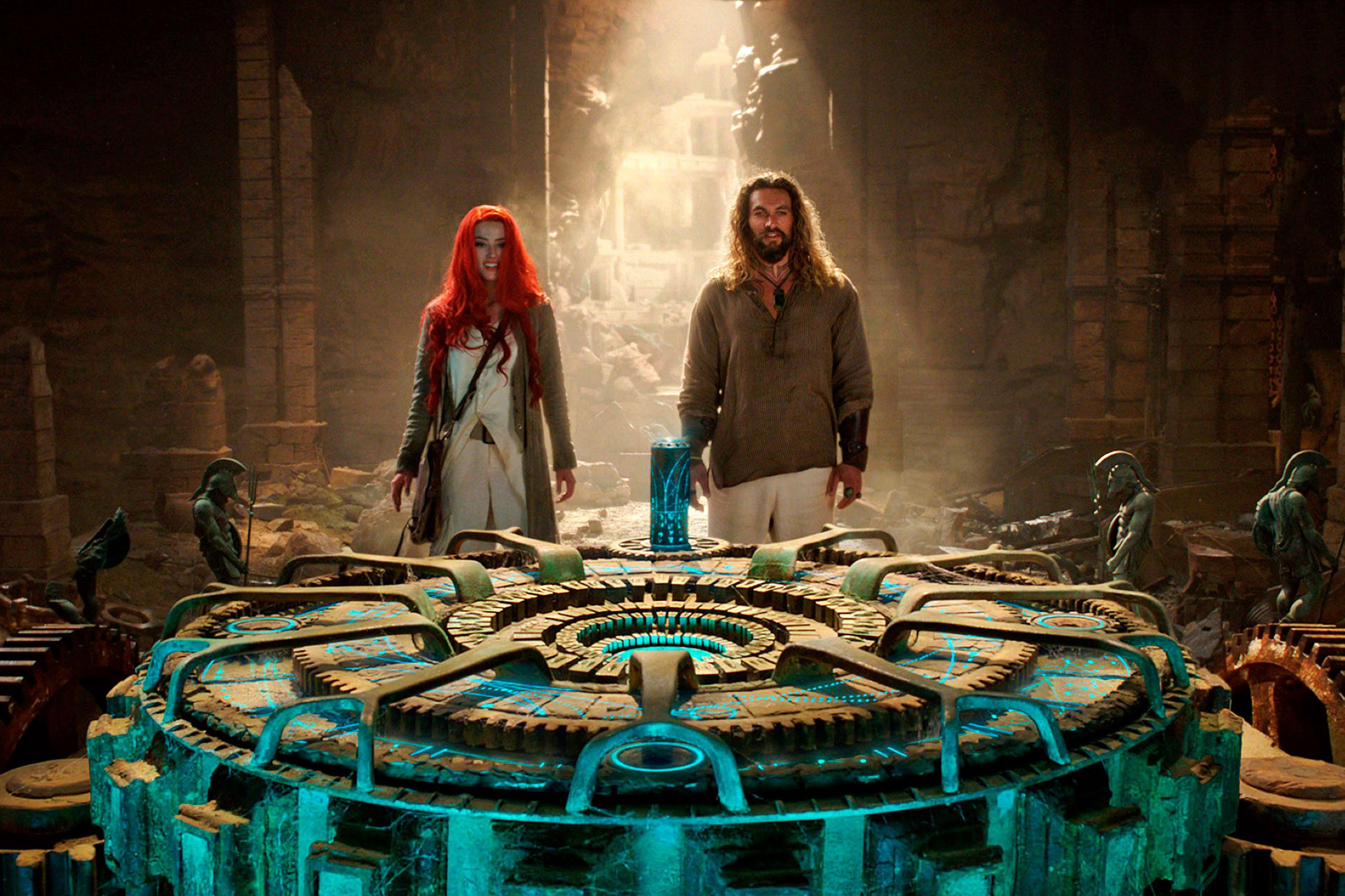 Movie Aquaman And Mera Still 2018 HD Wallpapers 2700x1800