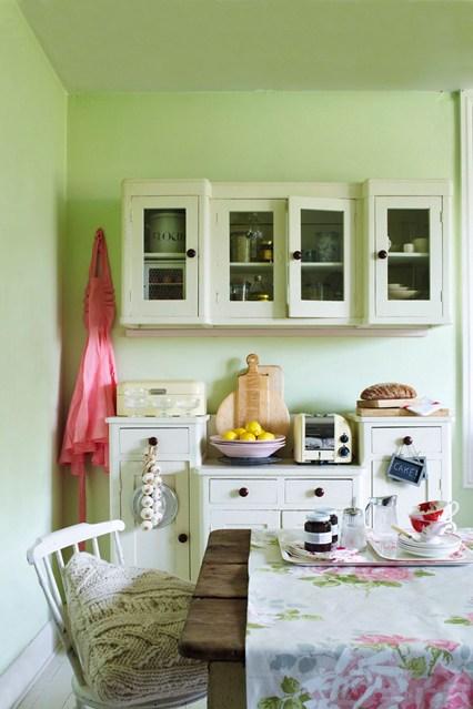 Farmhouse Kitchen   Kitchen Designs   Shabby Chic Wallpaper Ideas 426x639